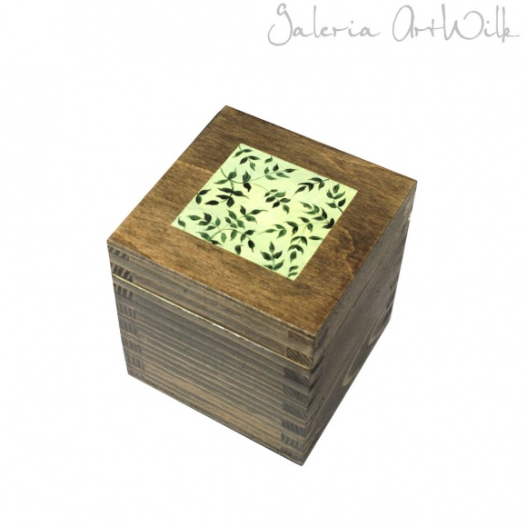 "Wooden box ""Italiana"""