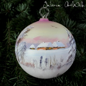 Hand painted glass ball 12 / 31 / 149