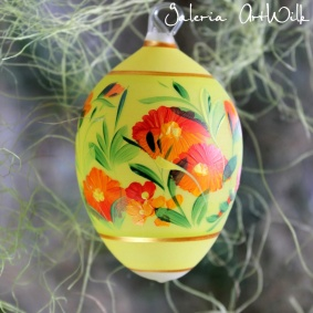 Glass easter egg medium,10