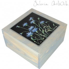 "Wooden box - ""Cornflowers"""