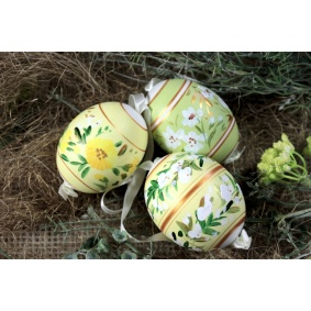 Collection of 3 duck easter eggs