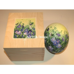 Ostrich easter egg, hand painted 206
