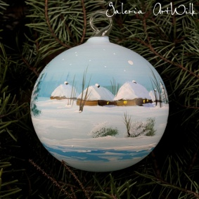 Hand painted glass ball 10 / 31 / 116