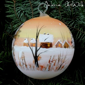 Hand painted glass ball 10 / 31 / 122